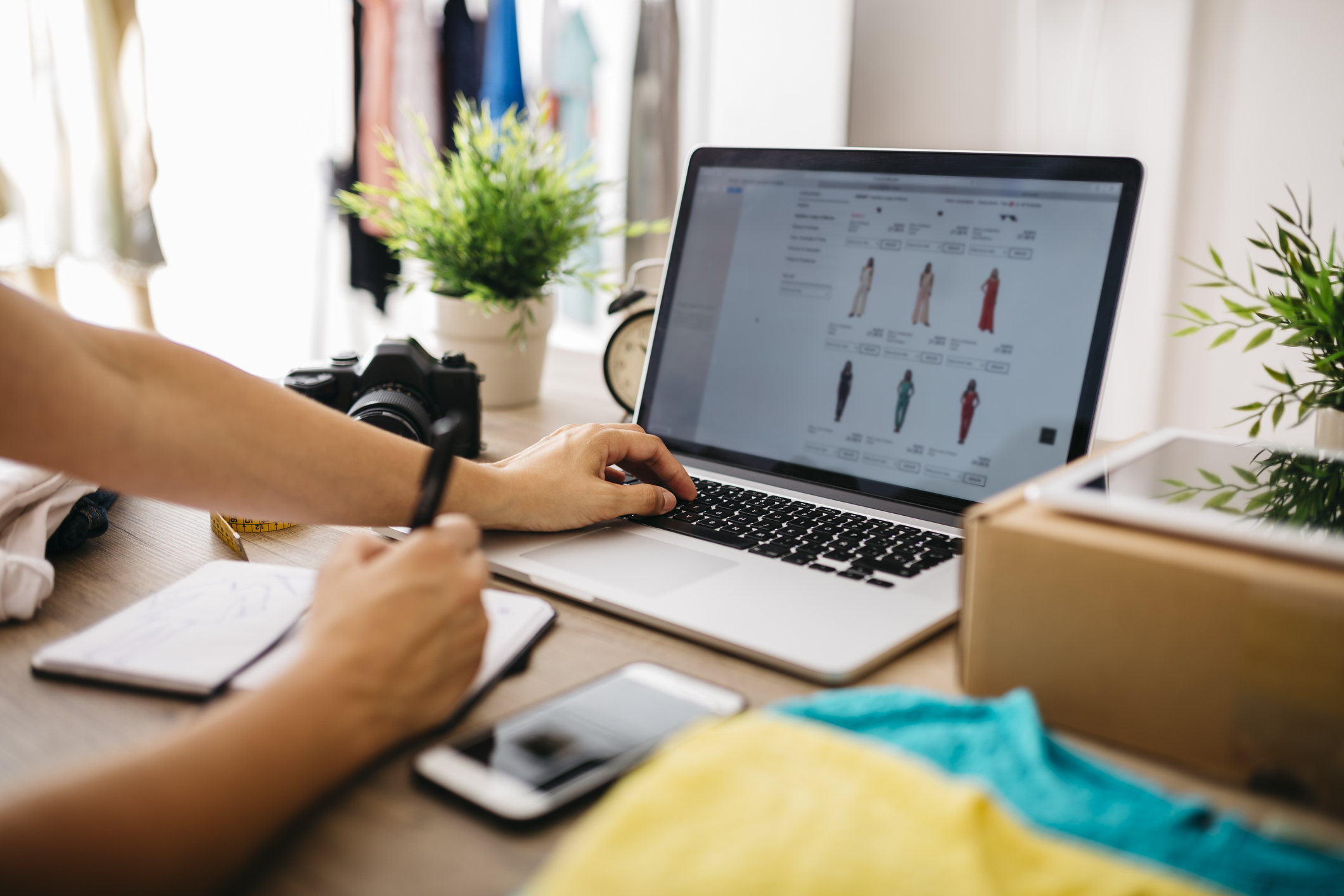 comprando pela internet no e-commerce